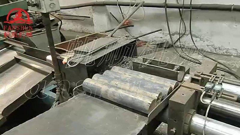 Brass rod push-peeling machine